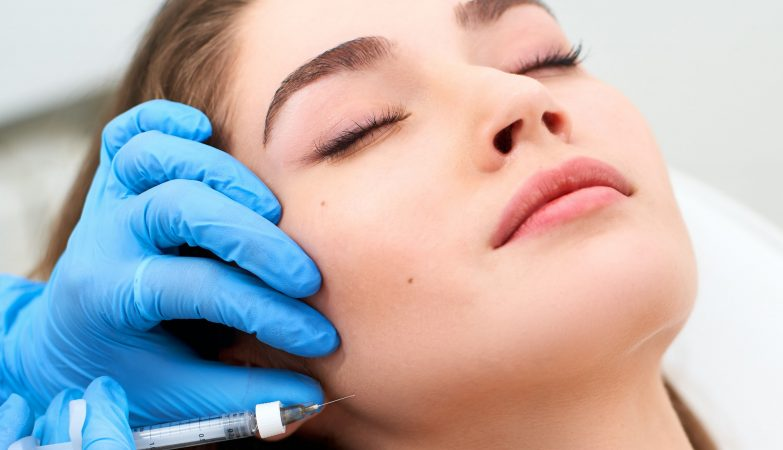 the growing number of facelifts and non-invasive procedures